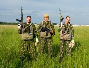 """13 июня 2015 - командные """"боевые"""" парашютные прыжки со снаряжением и вооружением"""